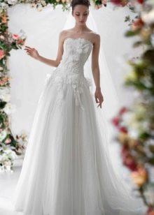 Свадебное платье от Папилио с цветами