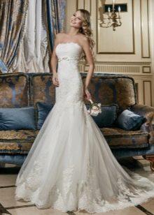 Свадебное платье русалка с тонким поясом