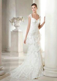 Свадебное платье из коллекции Modern Bride от San Patrick с одной бретелью