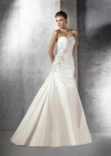 Свадебное платье от Сан Патрик а-силуэта