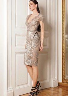 Вечернее платье с кружевом в стиле нюд
