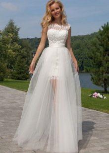 Свадебное платье-трансформер от Оксаны Мухи со съемной юбкой
