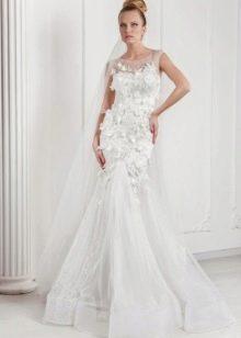 Свадебное платье от Оксаны Мухи с объемными элементами