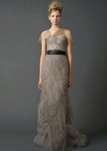 Свадебное платье от Веры Вонг из коллекции 2011 прямое