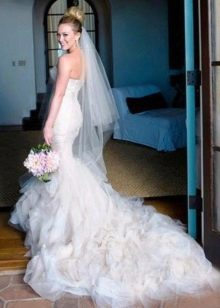 Хилари Дафф в свадебном платье от Веры Вонг