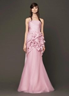 Прямое лиловое свадебное платье от Веры Вонг