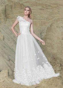 Свадебное платье от Anne-Mariee из коллекции 2014 на одно плечо