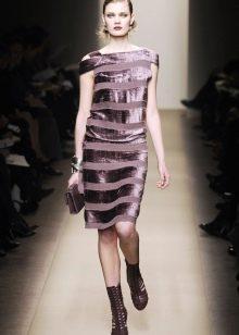 Прямое платье из бархата