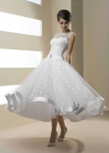 Свадебное платье пышное фарфорового цвета