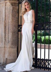 Свадебное белое с кружевной вставкой