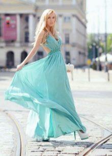 Нежно-бирюзовое платье