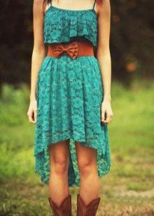 Бирюзовое платье из кружева
