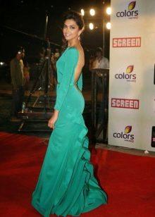 Длинное вечернее платье бирюзового цвета