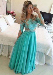Длинное вечернее платье бирюзового цвета с кружевом