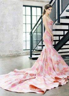 Вечернее цветное платье русалка со шлейфом