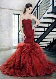 Вечернее платье русалка с объемной юбкой