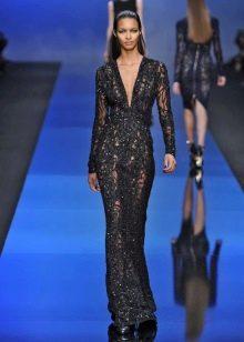 Черное вечернее платье из гипюра