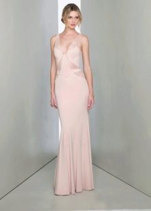 Прямое вечернее платье