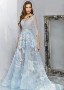 голубое полупрозрачное вечернее платье