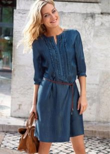 Летнее платье-рубашка из джинса