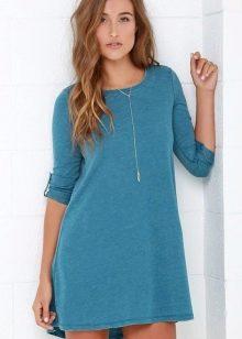 Голубое платье с бирюзовым оттенком