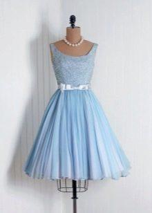 Вечернее короткое голубое платье