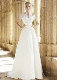 Свадебное платье от Raimon Bundo а-силуэта