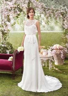 Свадебное платье от Fara Sposa со шлейфом