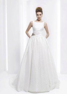 Свадебное платье от Pepe Botella с драпировкой