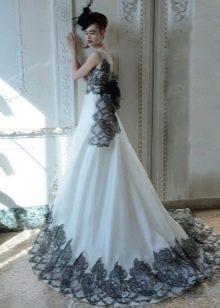 Свадебное платье от Atelier Aimee с кружевом
