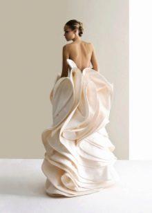 Свадебное платье от Антониа Рива с необычным кроем