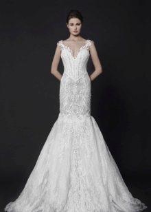 Свадебное платье с корсетом на бретелях