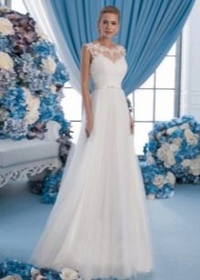 Прямое свадебное платье классик с кружевом