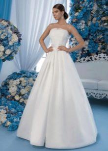 Классическое свадебное платье пышное