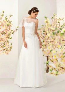 Свадебное платье из коллекции отражение от Kookla с драпировкой