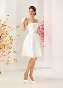 Свадебное платье из коллекции отражение от Kookla короткое пышное