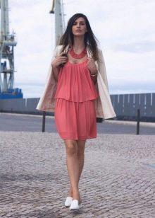 Подходящие туфли к платью кораллового цвета