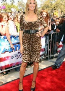 Леопардовое платье футляр