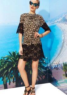 Леопардовое платье с черной отделкой