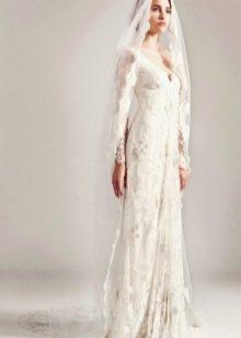 Кружевное свадебное платье прямое