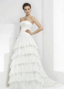 Свадебное платье от Пепе Ботела в цыганском стиле