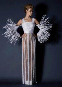 Необычное вечернее платье от Jean Louis Sabaji с рукавами