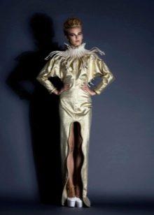 Необычное вечернее платье от Jean Louis Sabaji с разрезом
