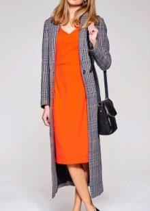 Оранжевое платье с серым