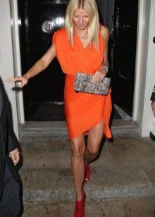 Оранжевое платье и туфли к нему