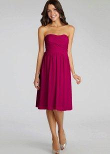 Подходящий фасон для платья цвета фуксии
