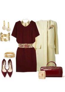 Платье цвета марсала и аксессуары к нему