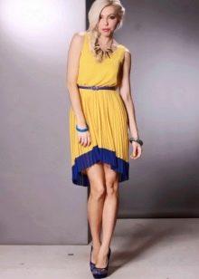 Горчичное платье с синим