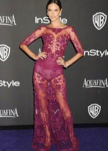 Кружевное длинное платье винного цвета
