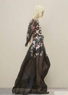 Шифоновое платье с рукавом